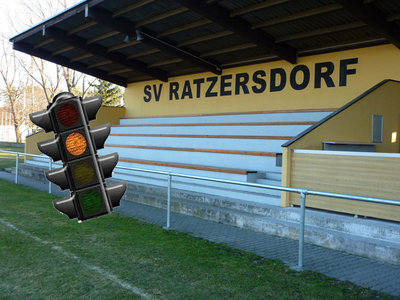 Sportplatz_Corona_Orange